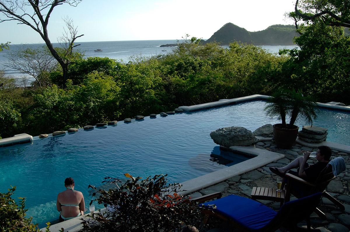San juan del Sur hotel piscina