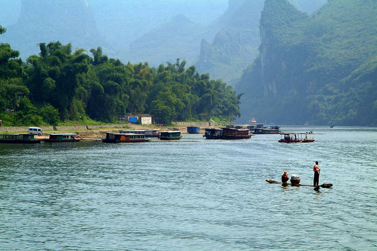 Navegando por el rio Li