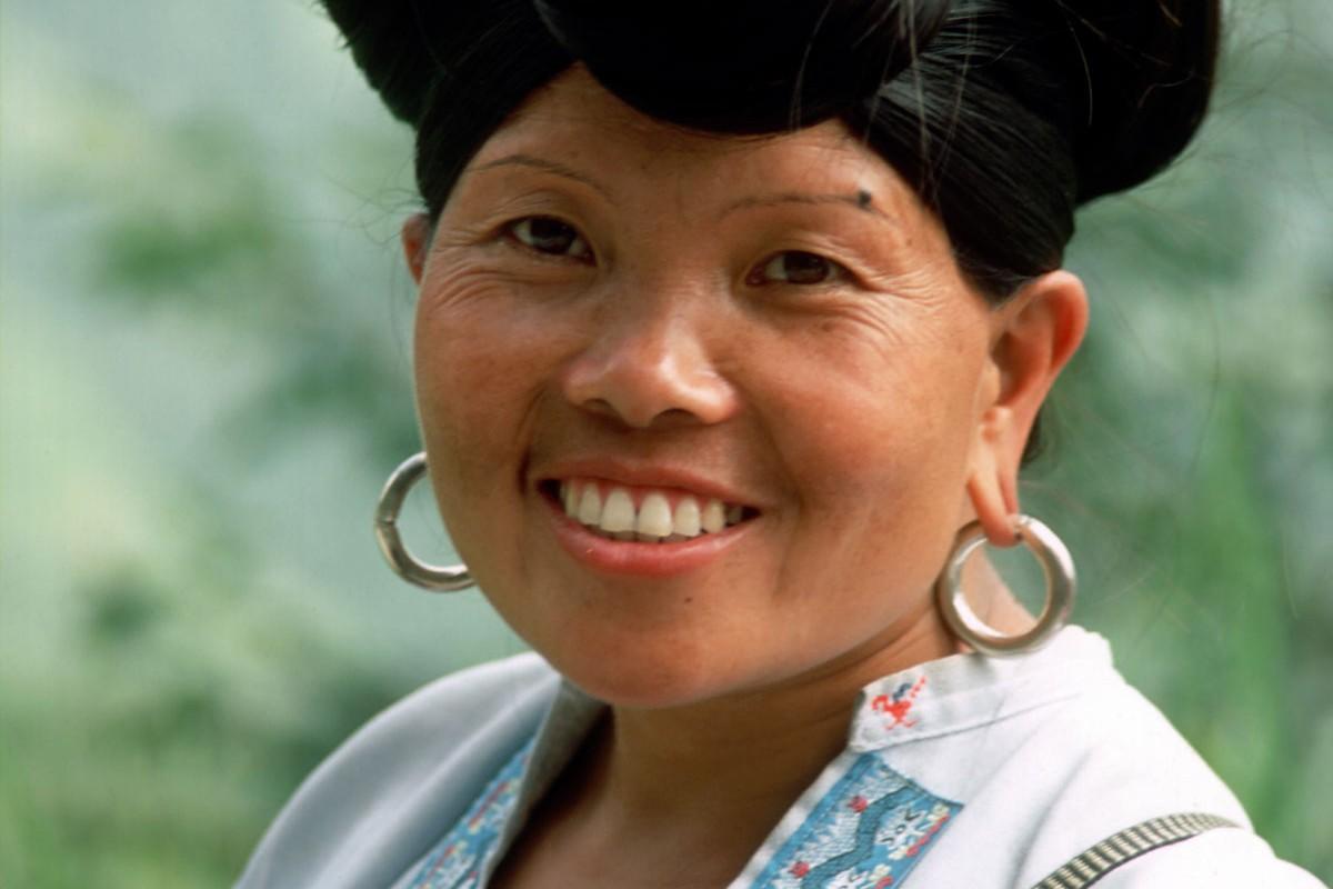 Ping An mujer etnia Zhuang, Guanxi China