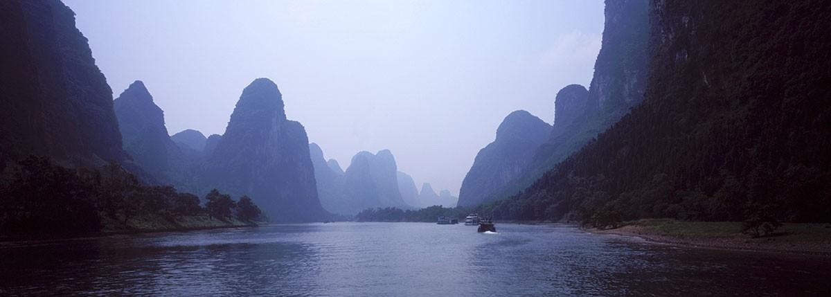 Navegando por los idilicos paisajes de Guanxi, China